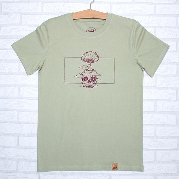 Camiseta orgánica verde unisex con ilustración de calavera y árbol