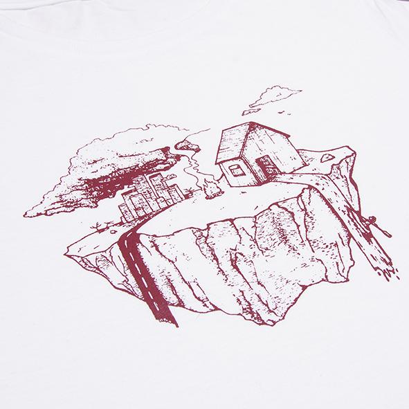 ilustración de la tierra en color granate y serigrafiada en camiseta blanca